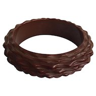 Deeply Carved Brown Bakelite Bangle Bracelet
