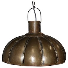Industrial Fluted Metal Pendant Light Fixture (Medium)