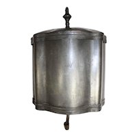 Pewter Wall Mount Lavabo with Lid
