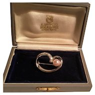 Vintage signed 18k white gold Mikimoto diamond pearl brooch