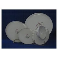 "Syracuse China ""Alpine"" Five Piece Place Setting"