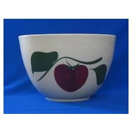 "Watt ""65"" Apple With Two Leaves Mixing Bowl"