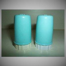 Retro 1950's Small Plastic Shakers