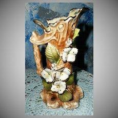 Pretty White Wild Flowers Pitcher Shaped Vase