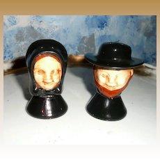Quaker Set of Salt and Pepper Shakers