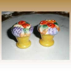 Pretty Flower Pots Set of Salt and Pepper Shakers
