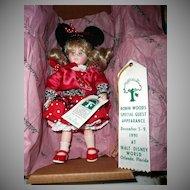 "1991 Disney Special Edition, Retired Robin Woods DEE DEE  8""  Doll"
