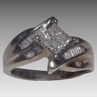 Stunning 10 Kt Gold and Diamond Cluster Ring Baguettes and Emerald Cut
