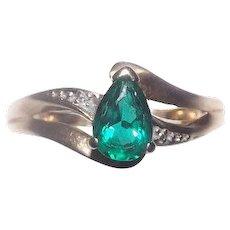 Stunning Lab Created Emerald & Diamond in 10 kt Yellow Gold