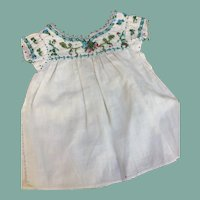 Rare antique embroidered chemise for large French fashion or bébé