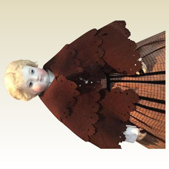 """Brown woolen cape for 17-19"""" fashion doll"""