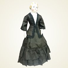 """Mourning costume for 22"""" French fashion doll"""
