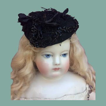 "Fancy black horsehair hat for 17-18"" French fashion doll"