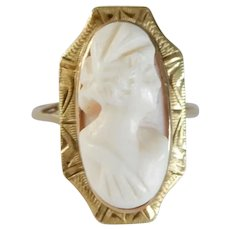 Antique Victorian 10K Gold Angel Skin Coral Cameo Ring, Size 6