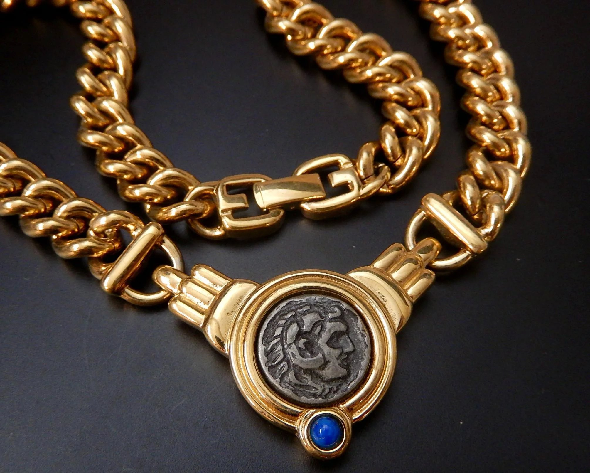 at roman with necklace file l coin walters bulgari pendant coins diamond gold
