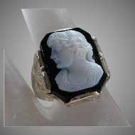 Vintage 14K Solid White Gold & Black & White Art Glass Cameo Ring