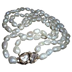 14K Gold Baroque South Sea Cultured Pearl Beautiful Double Strand Necklace with Pearl & Diamond Clasp Signed