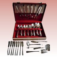 84 Pc Oneida Community Clarion Flatware Servive for 8 with Wood Box Near Complete Set