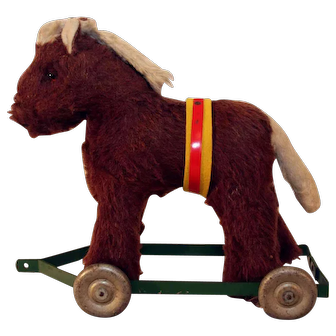 Vintage plush horse pull toy from Australia from 1940's