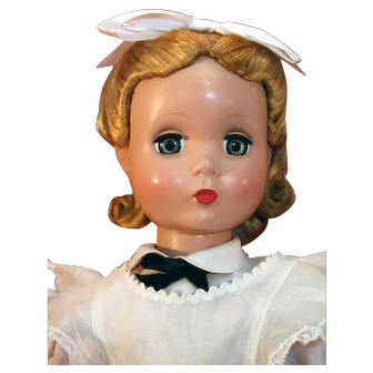 """Vintage Madame Alexander Maggie Face Alice In Wonderland 20"""" tall from 1950's in very good condition."""