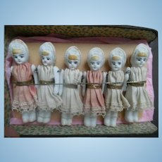 6 Bath Dollhouse Dolls In Original Box