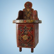 "Dutch antique ""hindeloopen"" doll chair"