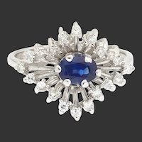 Ringfinger Fireworks - 18k White Gold Sapphire and Diamond Ring
