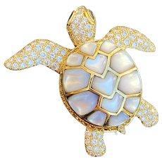 Jean Vitau 18K Gold 4.3 Carat Diamond and Mother of Pearl Turtle Brooch