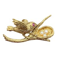 Vintage 18K Gold and Pearl Bird Nest Brooch, Pin