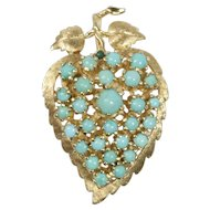 Vintage Natural Turquoise Heart Shaped Leaf Flower 14K Gold Brooch Pendant
