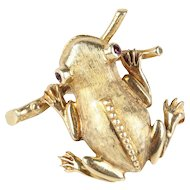 Vintage 14K Yellow Gold Whimsical Frog Pin