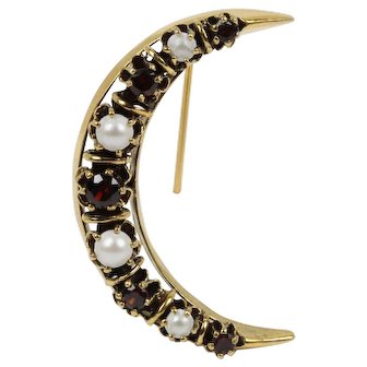 Vintage Garnet and Cultured Pearl 14K Gold Crescent Moon Pin