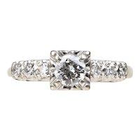 Vintage 1940s Retro 0.60 Carats Diamond and 14K Gold Engagement Ring