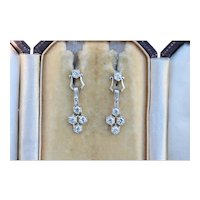 Art Deco Platinum and 1.4 Carat Diamond Honeycomb Pattern Drop Earrings
