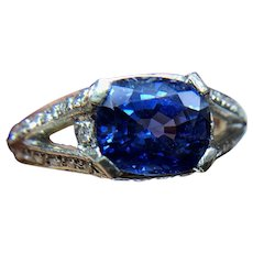GIA Certified Midcentury 2.2 Carat Sapphire and Diamond East to West Platinum Ring