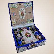 A beautiful and Victorian Valentine music box,