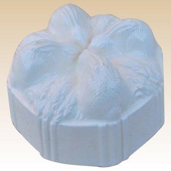 A charming creamware rabbit jelly-mould / jello mold,  19th century