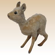 A 1930s Steiff fawn with button,