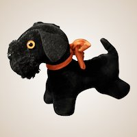 A darling little black velvet Scottie dog,
