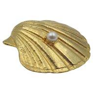 Vintage Hobe Clam Shell Faux Pearl Brooch Pendant