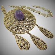 Vintage Hollycraft Medallion Cabochon Necklace