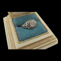 Antique Edwardian 18K White Gold Filigree Diamond Ring