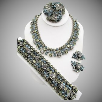 Gorgeous Robert Rhinestone Necklace, Bracelet, Brooch, Earring Parure