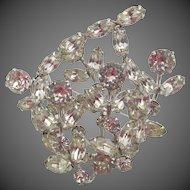 Vintage Weiss Crystal Rhinestone Floral Brooch
