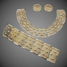 Crown Trifari Colonnade Gold Tone Openwork Necklace, Bracelet and Earring Set