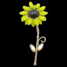 Signed Weiss 4.5 inch Yellow Daisy Brooch/Pin