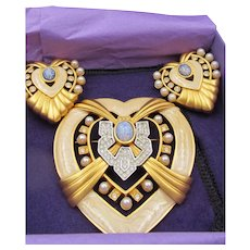 Elizabeth Taylor Heart of Hollywood Brooch and Earring Set - MINT in Box