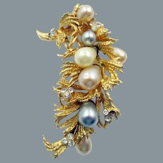 Signed Grosse of Germany 1969 Gold Tone Faux Drop Pearl Brooch