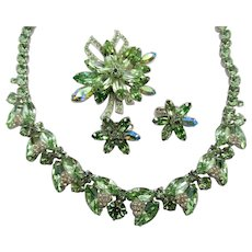 Gorgeous Signed Weiss Mint Green Rhinestone Necklace, Brooch and ER Parure