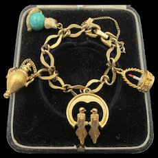 Sweet Vintage Monet Gold-plated Charm Bracelet with Charms